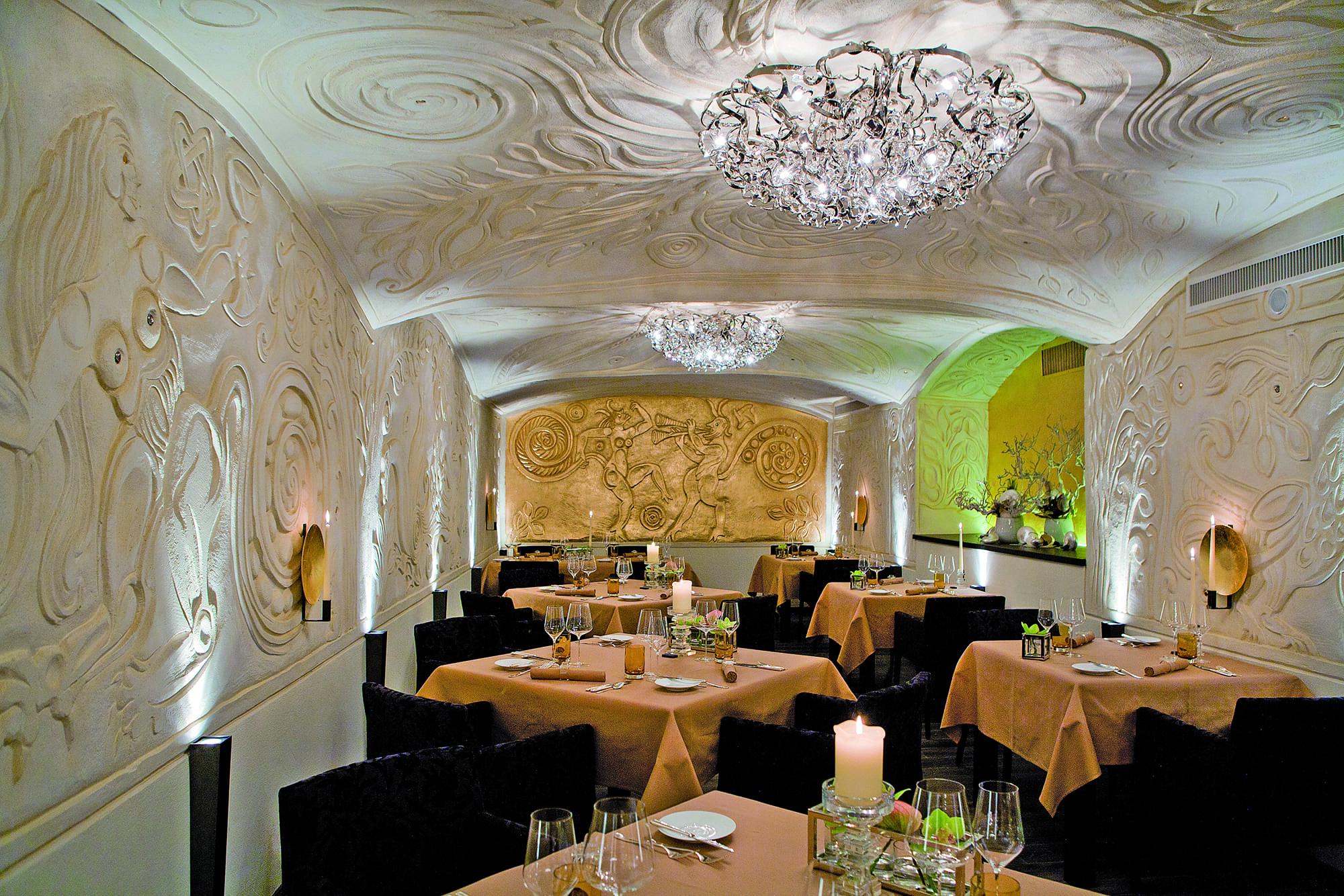 EC_GM_Restaurant_RGB_Low_SAR_02