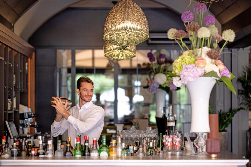 barkeeper-giardino-ascona